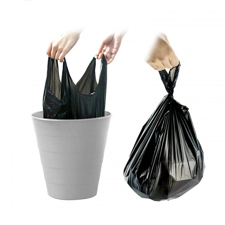 Plastic vest handle garbage bag